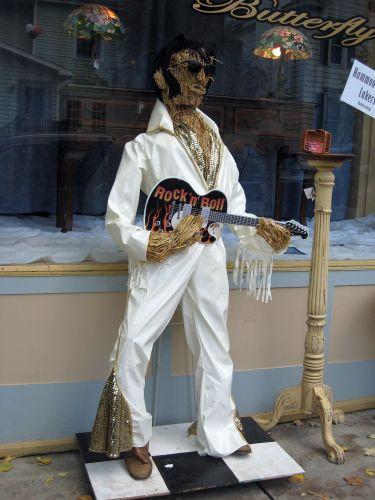 Scarecrow_elvis